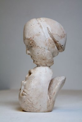 Last kiss - side view (plaster 7 x 14 x 6cm)